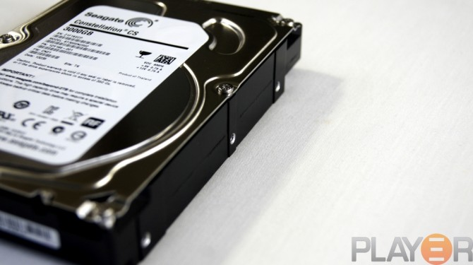 Seagate 3TB Mounting Holes - Side