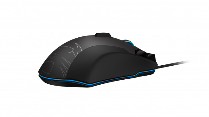 ROCCAT-Tyon_back-perspective-right