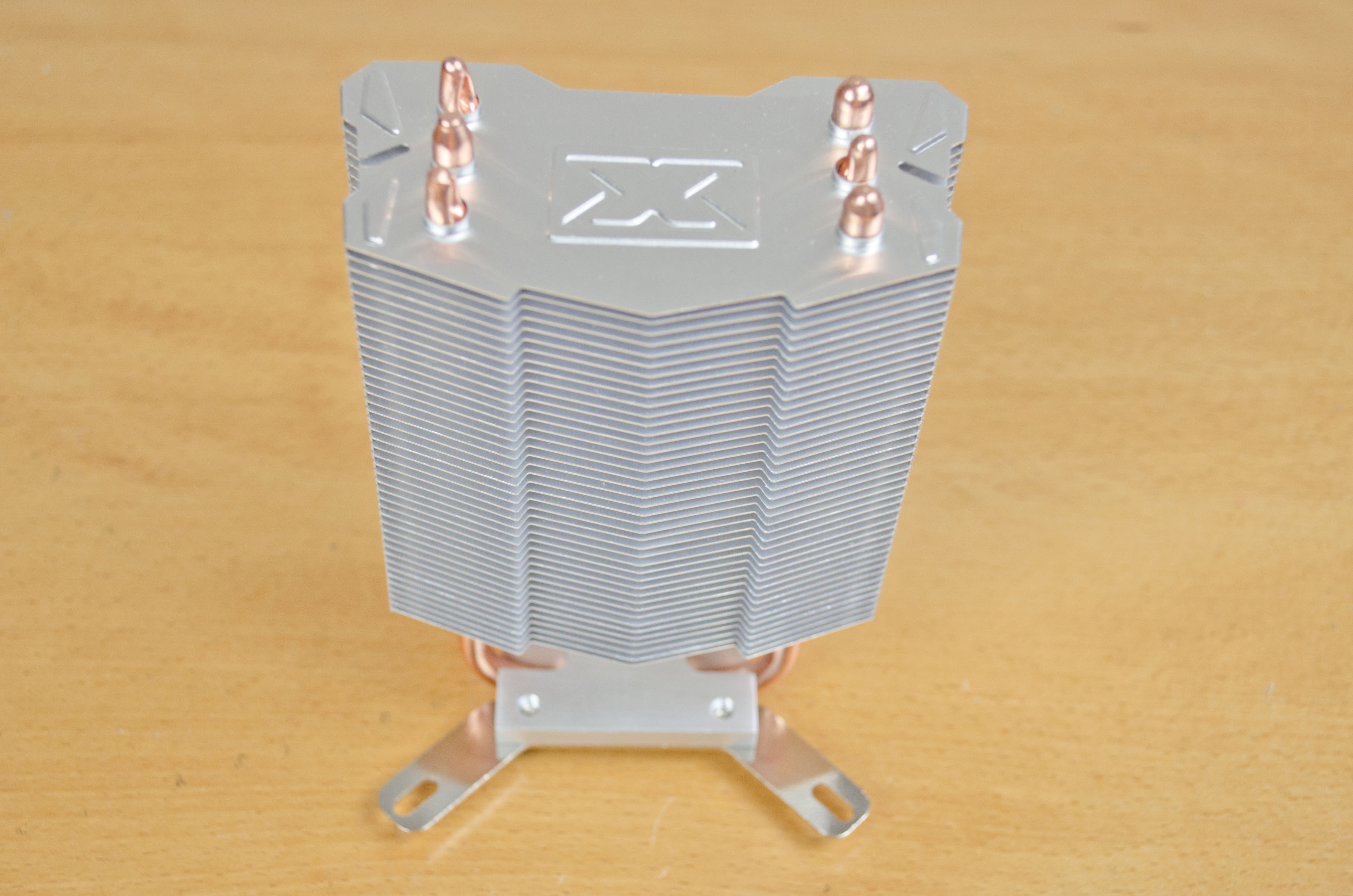 As mentioned it has direct touch technology and as such the heat pipes  #9D722E