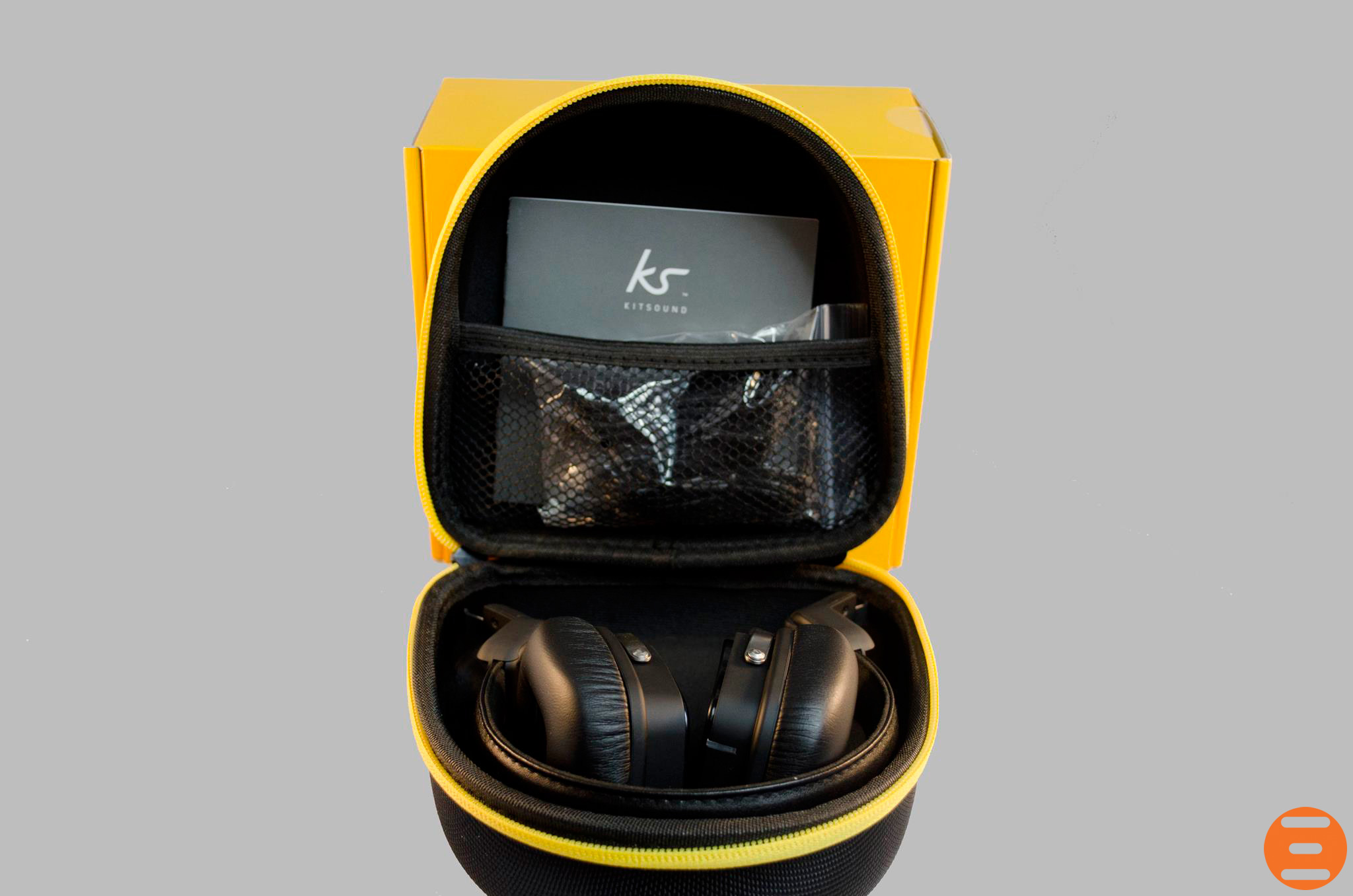 KitSound-Clash-On-Ear-Headphones_4