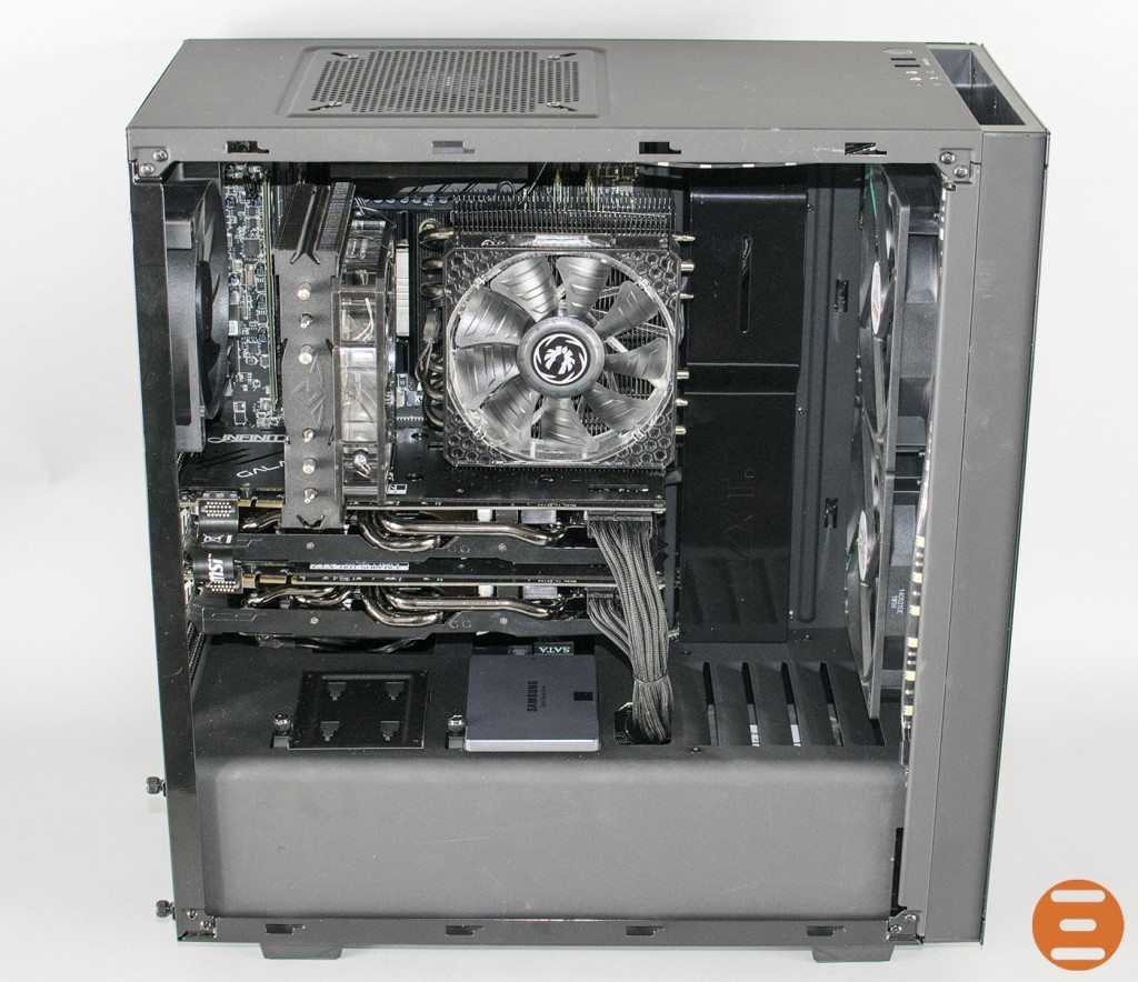 Overclockers UK Ultima Blackhole System 4