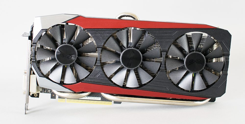 ASUS R9 390 STRIX OC Review 1