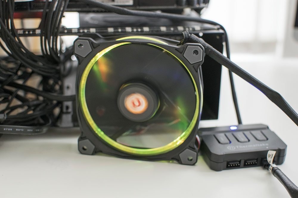 Thermaltake Riing 120 RGB 120mm Fan 10