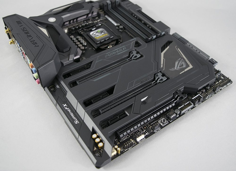 ASUS Z170 Maximus Formula VIII Review 4