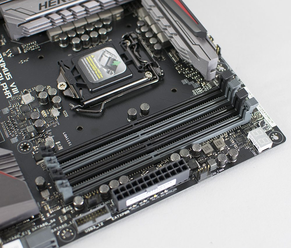 ASUS Z170 Maximus VIII Hero Alpha Review 4