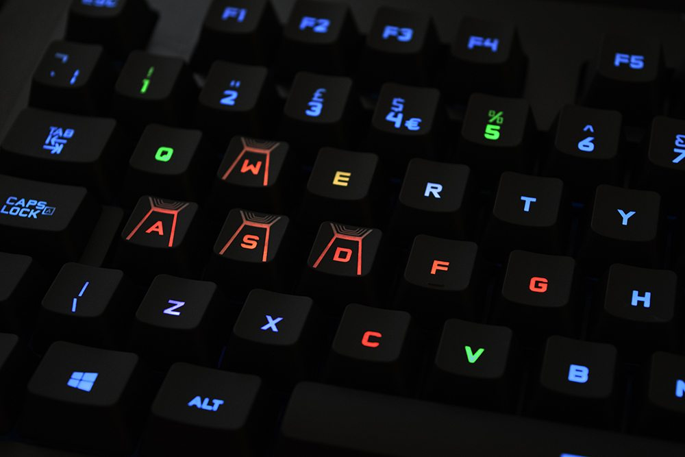 Logitech G410 RGB Lighting 1
