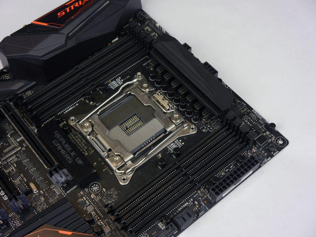 ASUS STRIX X99 Gaming - DIMM